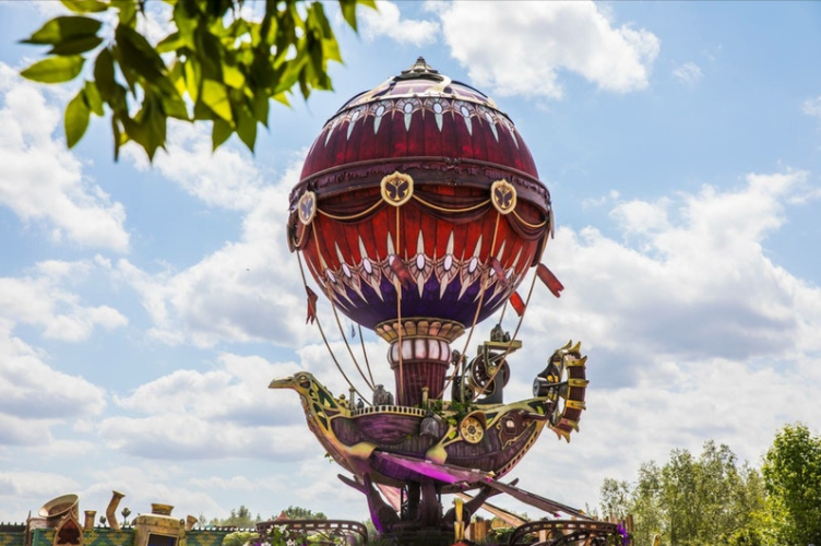 INFLATABLE BALLOON FOR AIRSHIP TOMORROWLAND